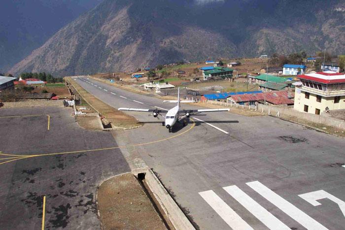 luklaairport1