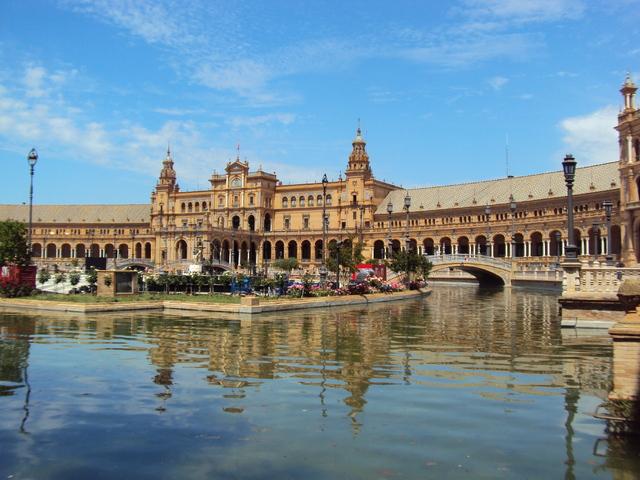 Sevilla-magnifique-ville-tres-belle-influence-islamique-splendide-Plaza-de-Espana