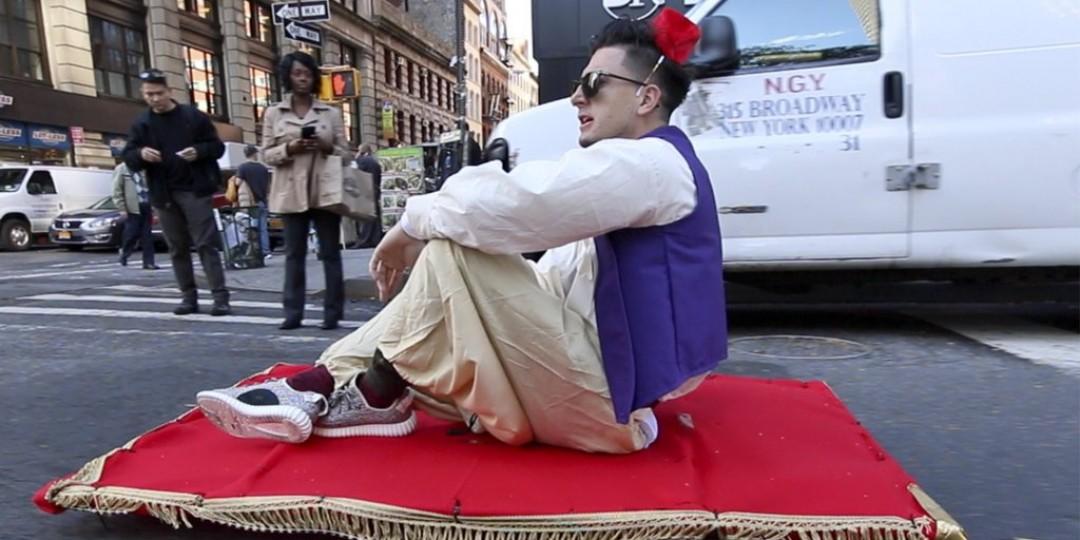 01-071152-aladdin_magic_carpet_prank_goes_viral