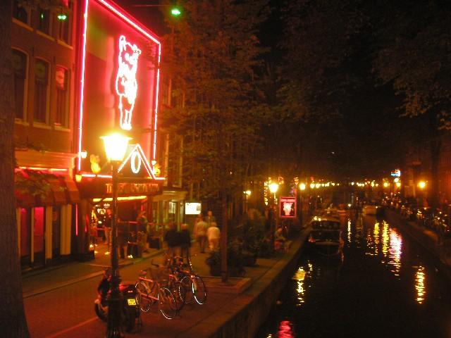 68455435.M8eqydxH.AmsterdamRedlightdistrict