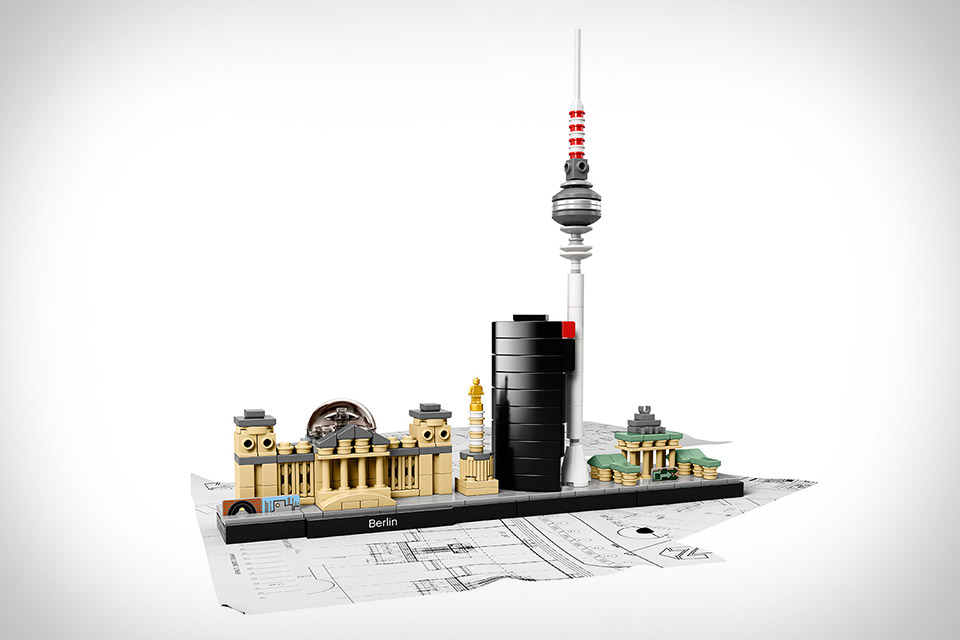 lego-skyline-2