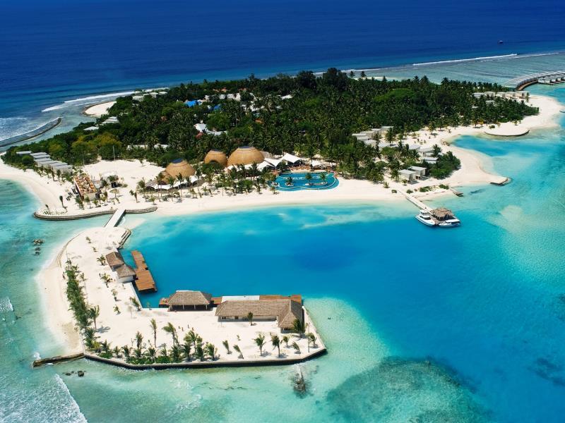 Holiday_Inn_Resort_Kandooma_Maldives