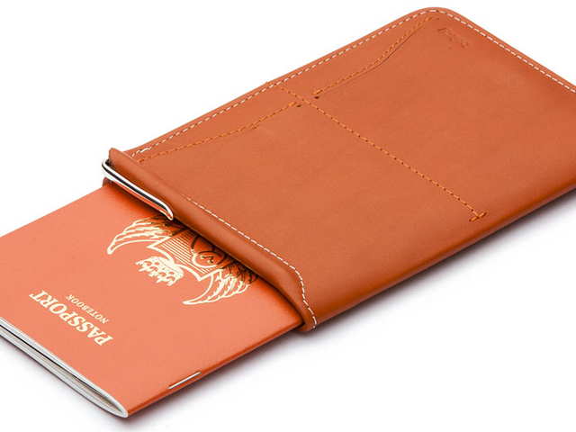 521c929ba00c4eb4892f3b06767f2254-bellroy-passport-wallet-920