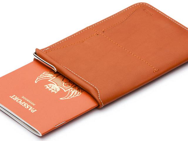 521c929ba00c4eb4892f3b06767f2254-bellroy-passport-wallet-920