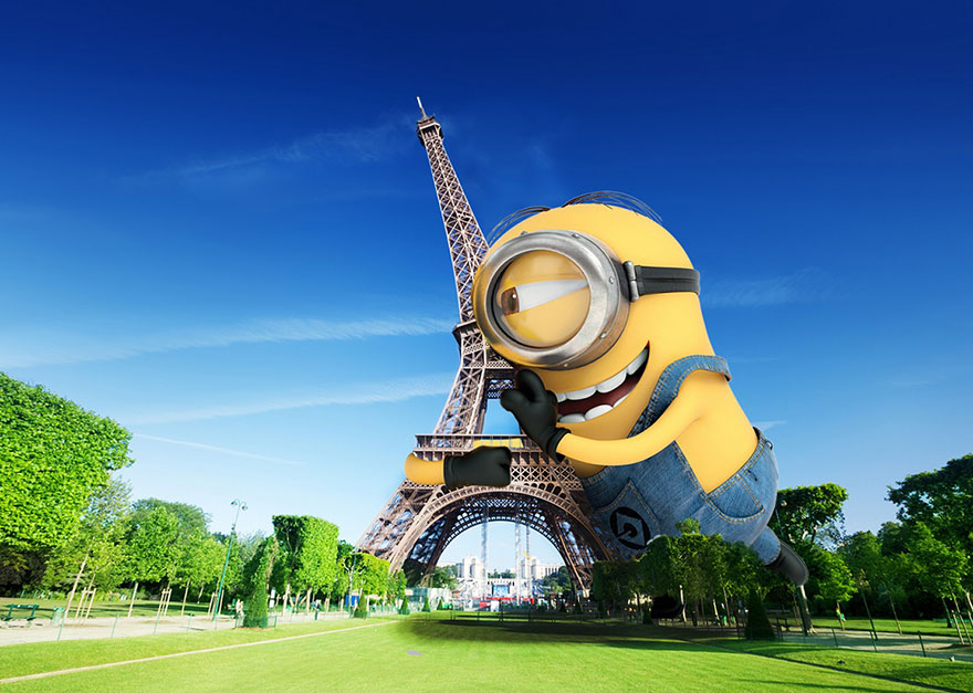After-giant-inflatable-minion-causes-chaos-designers-imagine-them-taking-over-the-world10__880