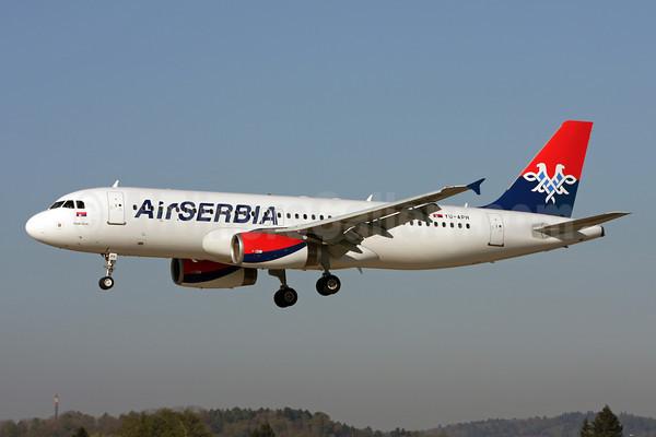 Air Serbia A320-200 YU-APH (13)(Ldg) ZRH (ADH)(46)-M