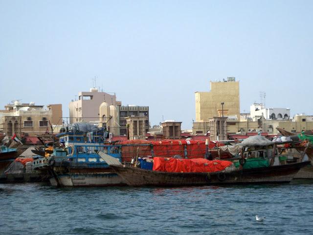 Dubai-creek-boats