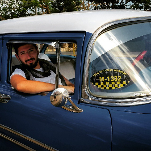 Havana_Old_Car