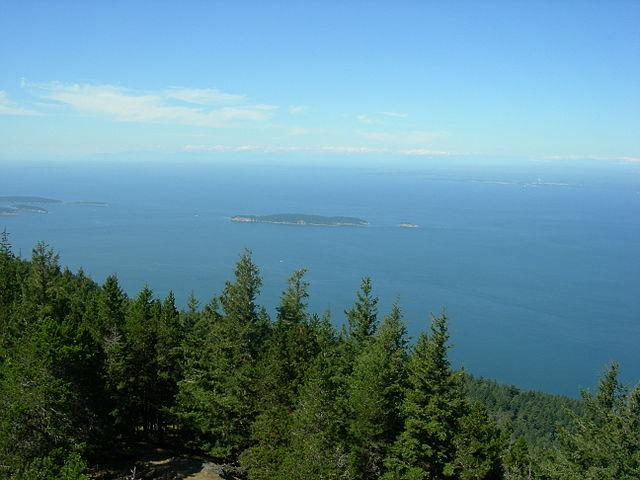Moran_-_Mt._Constitution_toward_Matos_Island