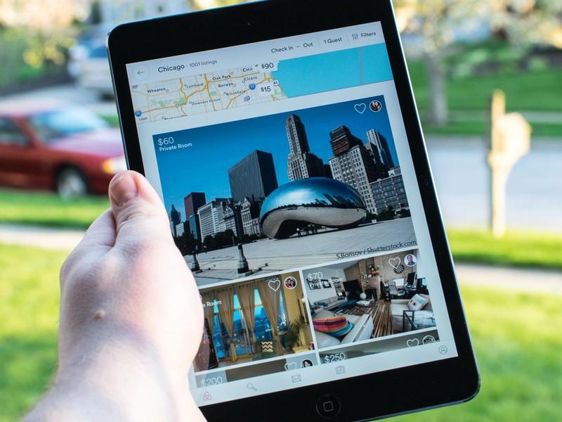 airbnb-ipad-mini-hero