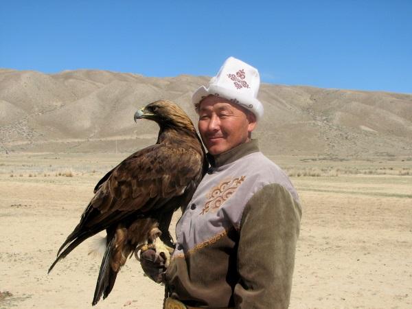 tale-kirgizistan-kartal